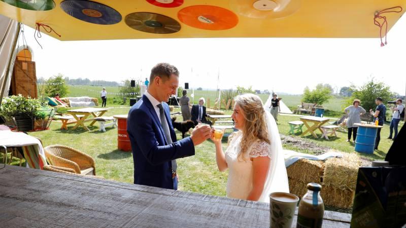 Festival Bruiloft Stro-hotel Hayema Heerd Oldehove Groningen
